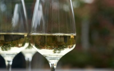 Waarom witte wijn niet wit is